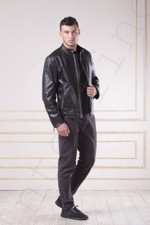 Куртка мужская черная 09-2017