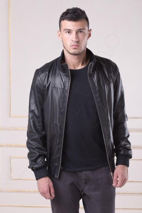 Куртка мужская 19-2010 крупным планом