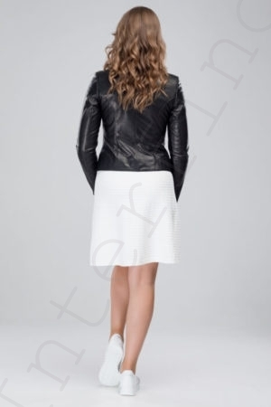 Куртка женская 23-2018 черная сзади