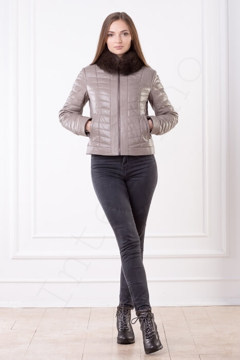 Куртка-пуховик женская 23-2017 с песцовым воротником бежевая