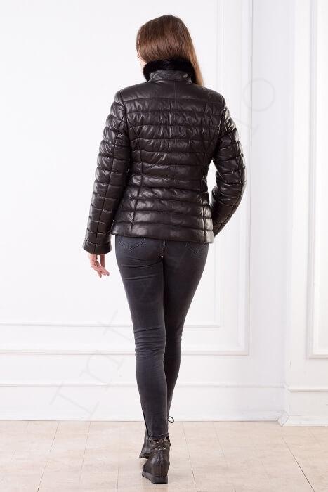 Женская куртка укороченная 40-2013 сзади