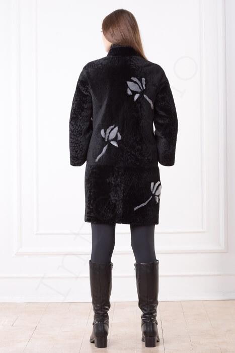 Пальто женское 201-2016 с серыми цветами вид сзади
