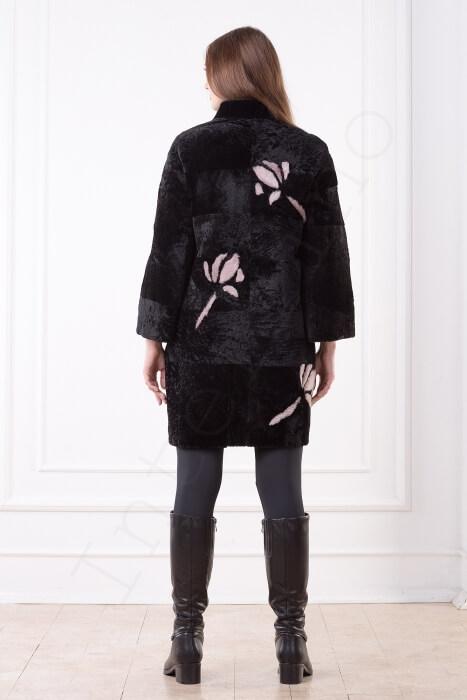 Пальто женское 201-2016 с розовыми цветами вид сзади