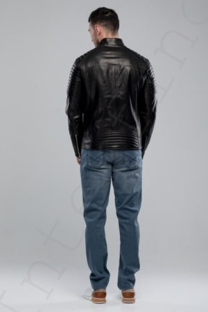 Мужская куртка 21-2018 сзади