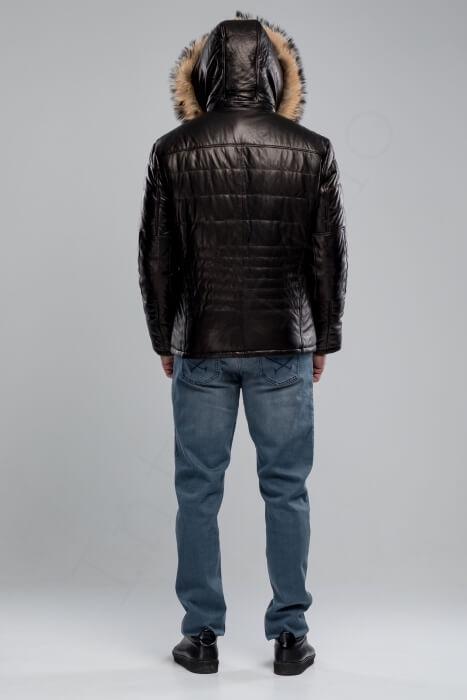 Куртка мужская 38-2018 черная сзади