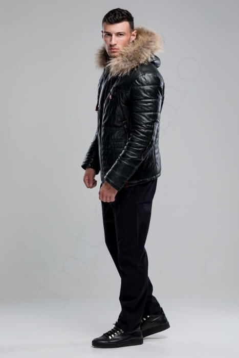 Куртка мужская 38-2018 темно-зеленая сбоку