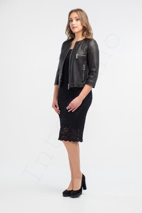 Куртка женская 53-2017 черная сбоку