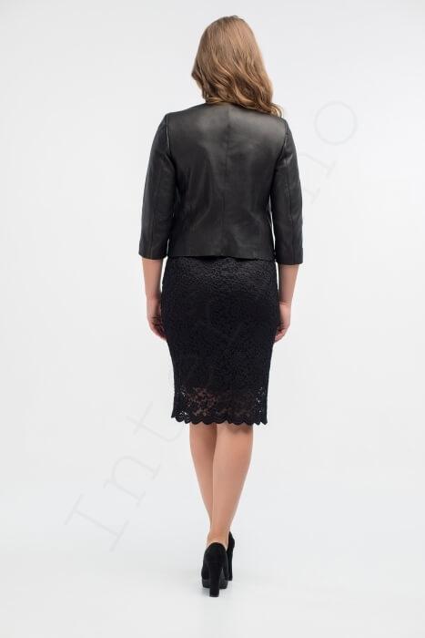Куртка женская 53-2017 черная сзади