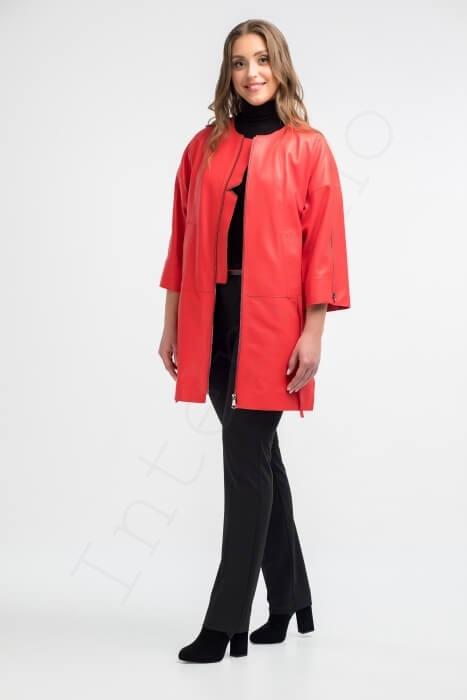 Красное пальто женское 12-2018 вид сбоку
