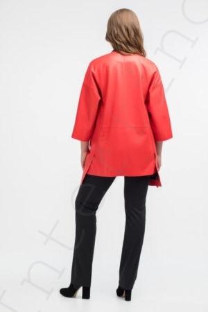 Красное пальто женское 12-2018 вид сзади