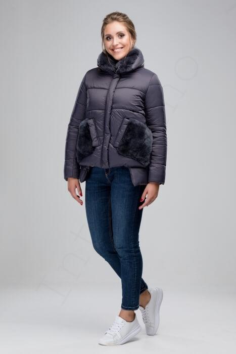 Куртка-пуховик с отделкой кроликом 46-2018 серый спереди