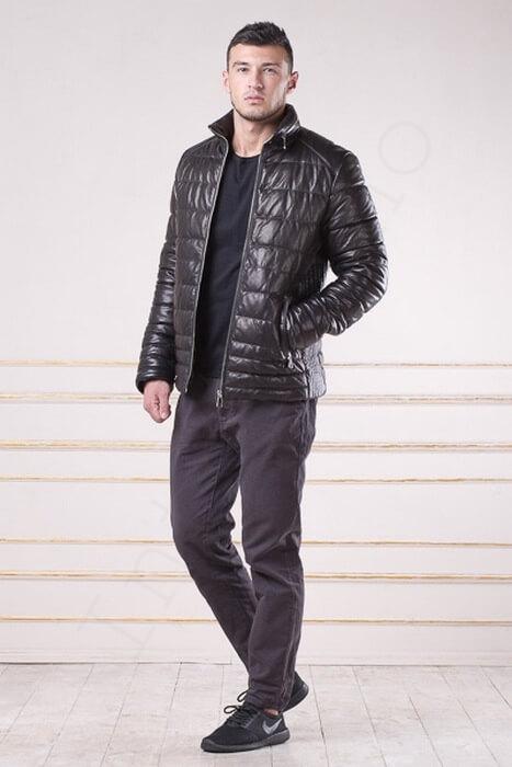 Мужской зимний кожаный пуховик со стойкой 97-2013 сбоку