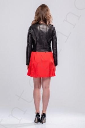 Короткая куртка со стеганным воротником 16-2013 сзади