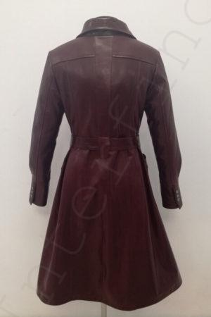 Длинный женский кожаный плащ с поясом 11-2019 бордовый сзади