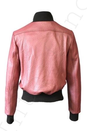 Короткий кожаный бомбер 13-2019 розовый сзади