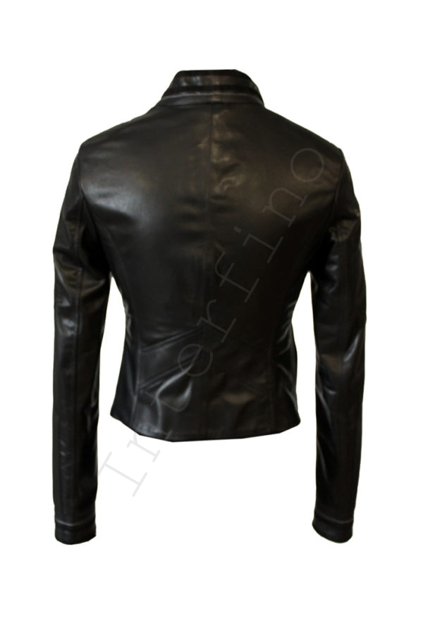 Кожаная куртка на болтах черная 44-2019 сзади