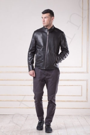 Куртка мужская черная 09-2017 спереди